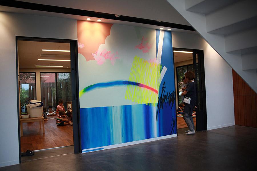 お知らせ2019年10月7日アートプログラム「季節の壁」を再始動しました